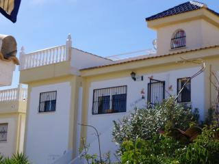 Family Friendly Villa. Stunning views, pool, wi-fi, Ciudad Quesada