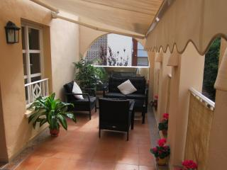 Town Ctr, Free WIFI, Air Con, UK TV, 100m to Beach, Moraira