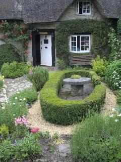 Front garden at Little Thatch