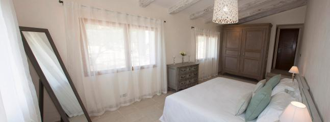 Olive bedroom