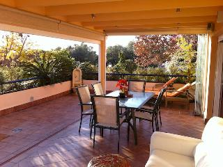 Apartment in Elviria Marbella with Large Terrace