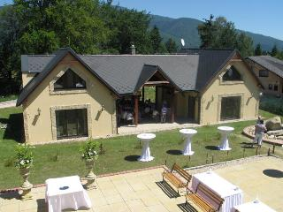 The Three Chalets with Wellnes