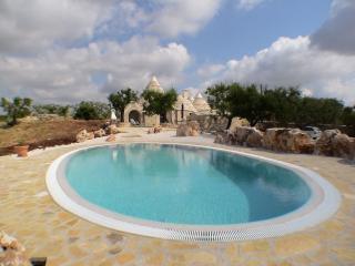 Trullo Patrizia with Stunning Pool