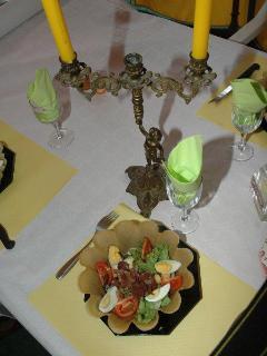 La fameuse salade périgourdine avec ses gésiers confits