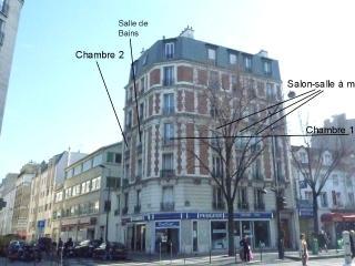 Paris, calm, wide flat,  75 m², (820 sqf), 2 bdr., París