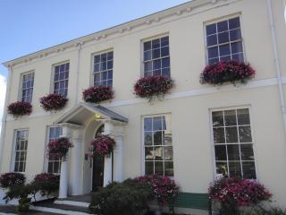 Albany Self Catering Apartment, St Peter Port