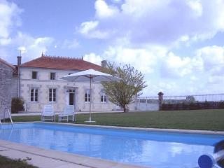 La Maison Charentaise