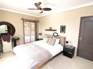 master bedroom with dessing room and en-suite bathroom