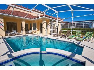 VILLA MODERNE FIVE* 4 BED 4 BATH SOUTH FACING VILLA - PRIVATE SWIMMING POOL, holiday rental in Orlando