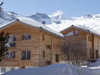 Luxury 4 Bed room Ski Chalet, Saas Fee