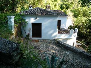 Refurbished farmhouse El Pastor, Grazalema