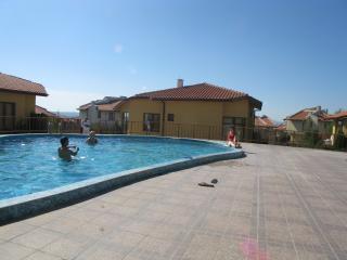 Villa Montemar, Kosharitsa