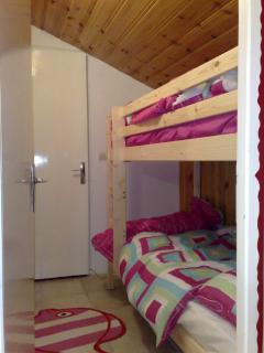 Bunk Bedroom - Sleeps 2