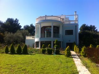 Villa appartment at sea front
