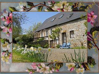 Farmhouse gite near Tinchebray, sleeps 2