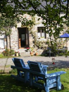 Sit under the apple trees outside La Cidreraie and listen to the birds singing