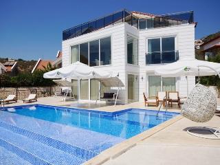 6 Bedrooms Villa Sunshine (Discount Avaliable), Kalkan