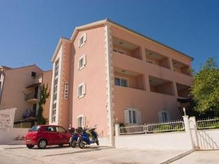 Private suites Supetar 8327 2-room-suite