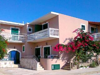 MANORA Hvar apartments