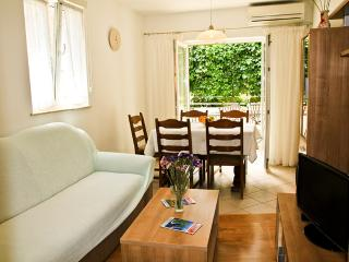 Omis old town apartment