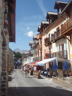 La Salle Les Alpes town