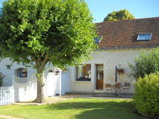 Beautifully presented gite in stunning location with private garden and pool
