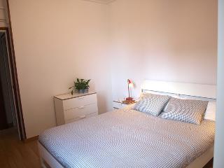Soleado apartamento en Sagrada Familia - Free Wifi