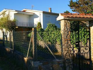 Casa do Ancoradoiro, Muros