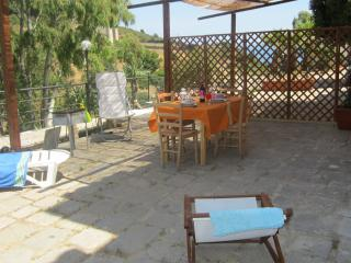 Almond House to explore Sicily, Cefalu
