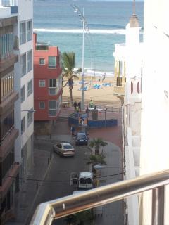 vistas a la playa desde el balcon