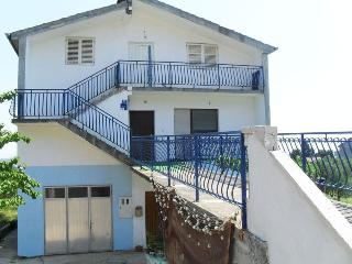 Sea view apartment Angelica, sleeps 7, Tkon