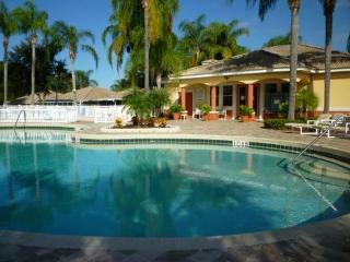 Fantastic 2 Bedroom Lake Marion Resort Rental with WiFi, Kissimmee