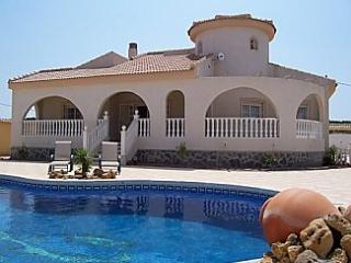 Luxury Villa with private pool, Quesada