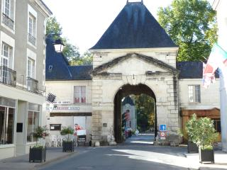 Spacious 4bed Holiday House In centre of Richelieu