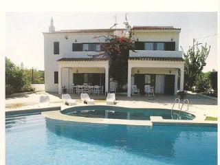 Villa with private pool, Quinta do Lago