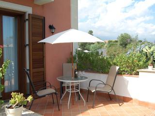 Studio with terrace, pool,wifi