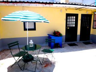 Julia's Páteo - Blue House