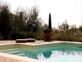 Ca de Muito, a peaceful Tuscan cottage with breathtaking views and a private outdoor pool