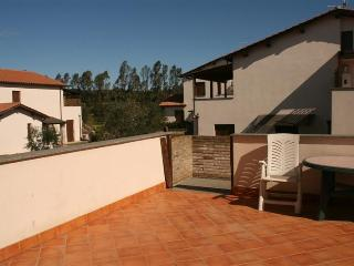 Appartamento trilocale con terrazza in Residence