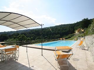 Villa Mario, exclusive property  b/w Florence&Pisa, Pistoia