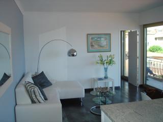 Stylish Villefranche-sur-Mer apartment with sea vi