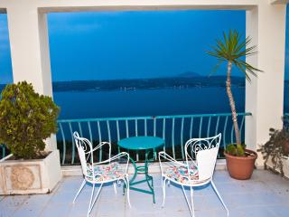 Armonia, breathtaking sea view Apt. – below Aptera Chania