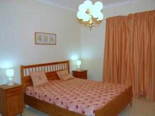 Spacious seaside apartment, Xghajra