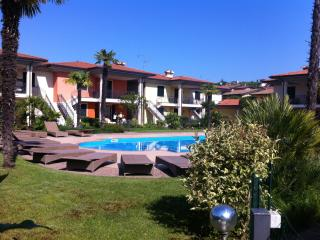 POOL , GOLF & GARDEN HOUSE GARDA LAKE, Polpenazze del Garda