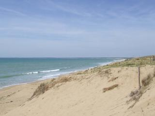 La Terriere beach - just a few minutes away!
