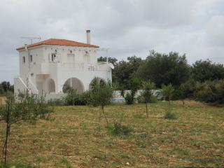 Villa Rimampela-Lake Kournas / Georgioupolis - 3 Bed Villa with Private Pool