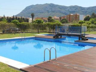 Aquamaris,3pers, with jarden, 500 m to beach, WiFI, Denia