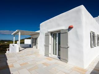 Sunbathed 1 bedroom Island Residence, Antiparos