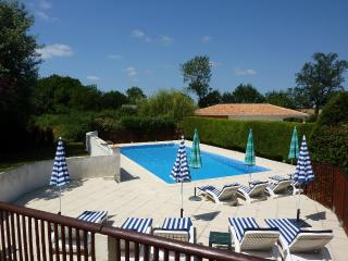 Vast Sunny Terraced Pool with Loungers & Umbrellas