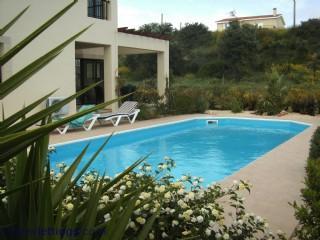 Larger pool, 10x4m